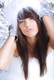 Free Winter Girl Wearing White Fur Hat Stock Image - 6735471