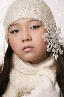 Free The Winter Girl Royalty Free Stock Photo - 6735955