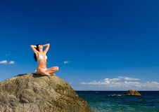 Free Woman Relaxation In The Beach Royalty Free Stock Photos - 6736478