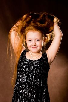 Free Little Girl With Luxurious Ginger Hair Royalty Free Stock Images - 6739599