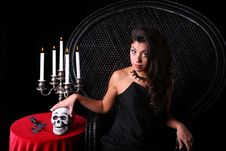 Free Halloween Woman Royalty Free Stock Image - 6739956