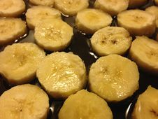 Free Sliced Bananas On Frying Pan In Oil. Stock Photos - 67311263