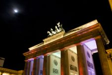 Free Berlin Brandenburger Tor Royalty Free Stock Photos - 6741338