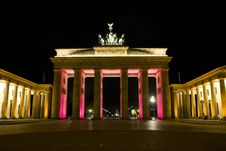Free Berlin Brandenburger Tor Royalty Free Stock Photo - 6741525