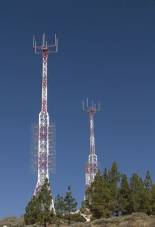 Free Telecommunications Tower For Broadcasting Stock Images - 6744544