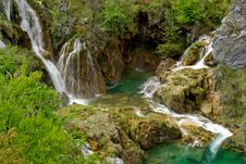 Free Watefalls With Blue Water In Plitvice Lakes Stock Photo - 6745250