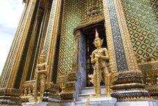 Free Phra Mondop Entrance Royalty Free Stock Photography - 6746637