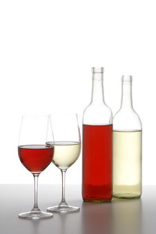 Free Two WIne Bottles Royalty Free Stock Photography - 6747967