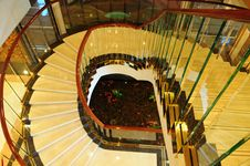 Free Curving Upward Staircase Royalty Free Stock Photography - 6750467