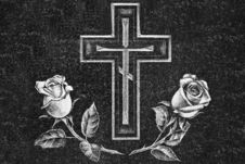 Free Cross And Roses On A Granite Gravestone Royalty Free Stock Photo - 6750565