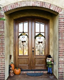 Free Halloween Door Decoration Stock Photos - 6751723
