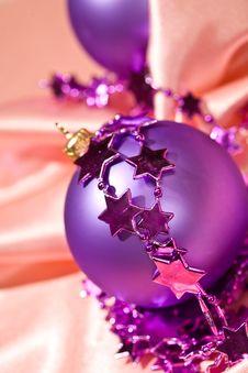 Free Christmas Ball Stock Images - 6751844