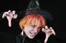 Free Red-hair Witch Scare You Royalty Free Stock Photography - 6751947