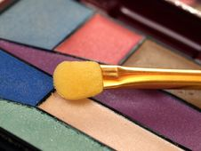 Free Colorful Cosmetics Kit Royalty Free Stock Images - 6752289