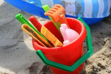 Free Toys To The Beach Royalty Free Stock Image - 6752626