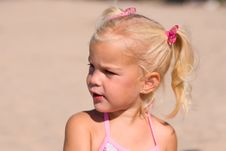 Free Young Blond Girl Profile Stock Photography - 6753392