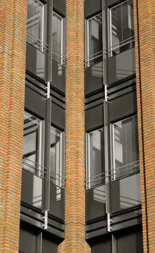 Free Brick Pillars Royalty Free Stock Photo - 6753725