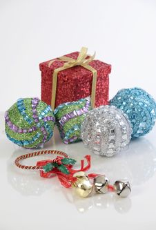 Free Christmas Decoration Royalty Free Stock Images - 6754339