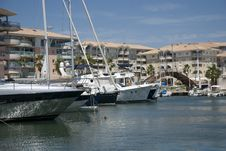 Free Yacht Port Frejus Royalty Free Stock Photos - 6755368