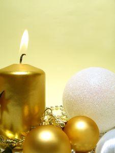 Free Gold Christmas Still Life Stock Image - 6756321