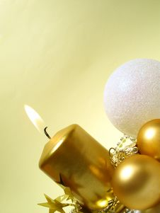 Free Gold Christmas Still Life Stock Photos - 6756373