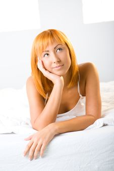 Free Thoughtful Beauty In Bed Royalty Free Stock Image - 6756506