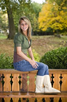 Free Beautiful Teenage Girl Royalty Free Stock Image - 6756666