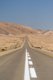 Free Desert Highway Stock Photography - 6756742
