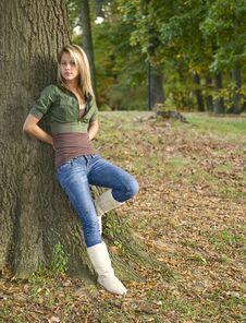 Free Beautiful Teenage Girl Royalty Free Stock Images - 6756749