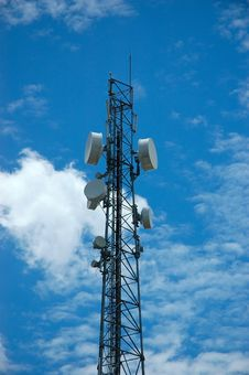 Free Telecommunication Tower Royalty Free Stock Photography - 6758077