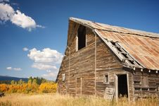Free Rustic Barn Scene Royalty Free Stock Photo - 6758465