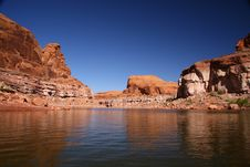 Free Turtle Head Bay At Lake Powell Royalty Free Stock Images - 6758609