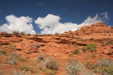 Free Red Rocks Of Utah Royalty Free Stock Image - 6758826