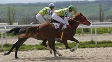Free Horse Racing. Royalty Free Stock Images - 67585869