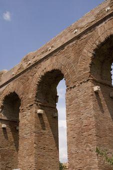 Free Rome: Alessandrino Aqueduct Stock Photography - 6760342
