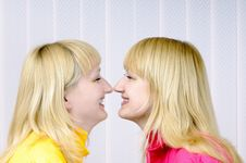 Free Two Beautiful Blond Girls Royalty Free Stock Images - 6760519