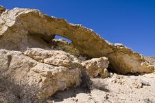 Free Rock In The Desert Royalty Free Stock Images - 6760689