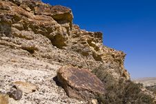 Cliff In The Desert Royalty Free Stock Image