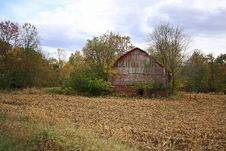 Free Old Mail Pouch Barn Along Highway 6 Stock Images - 6765184