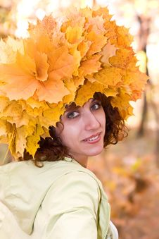 Free The Girl In A Wreath From Autumn Leaves Royalty Free Stock Photo - 6765465