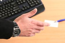 Free Business Man Hand With Card And Pen Royalty Free Stock Photography - 6767957