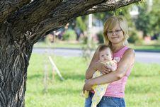 Free Mom And Babie Stock Photo - 6771920