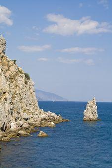 Free The Black Sea Coast Royalty Free Stock Photos - 6772298