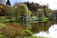 Free Autumn Park Stock Photos - 6773483