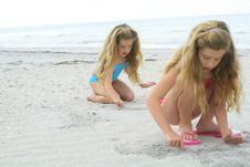 Free Sisters In The Sand Stock Photos - 6775703