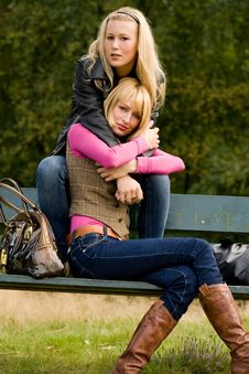 Free 2 Sisters On A Bench Stock Photos - 6775923