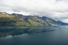 Free View Of Lake Wakatipu Royalty Free Stock Images - 6776699