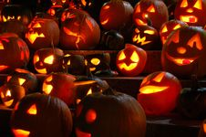 Free Carved Lighted Pumpkins Royalty Free Stock Image - 6779486