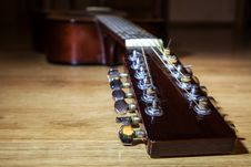 Free Head Neck 12 String Guitar Stock Images - 67796004
