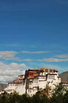 Free The Potala Palace In Lhasa Stock Photography - 6781362